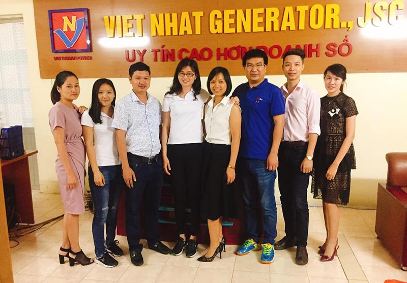 Đại diện nhà cung cấp sang thăm và làm việc tại Công ty CP máy phát điện Việt Nhật